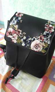 MINI BACKPACK FLORAL
