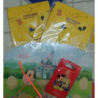 Disney 奇妙處處通證件套 + 米奇襟章