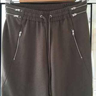 SALE Seed Khaki jogger pants size 6