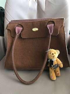 二手 80% new Made in Italy 🇮🇹  原價 $1500 italcopri Italy bag 羊毛手袋