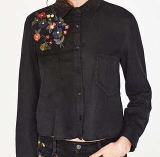 New With Tag Authentic Zara Black Embroidered Buttondown Shirt