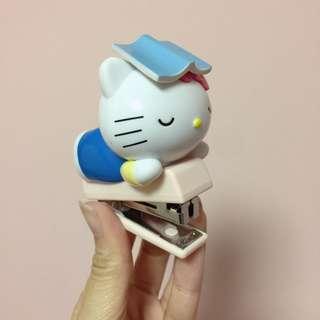 Hello Kitty 台灣7-11 釘書機