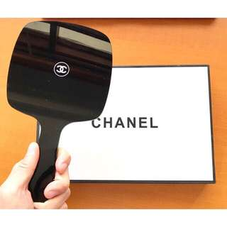 Chanel authentic cermin/mirror vip gift