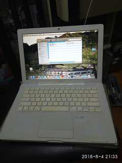 Macbook Pro White 2008 no charger