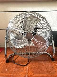 """Industrial Floor Fan 18"""""""