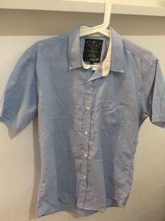 Kemeja biru semi jeans