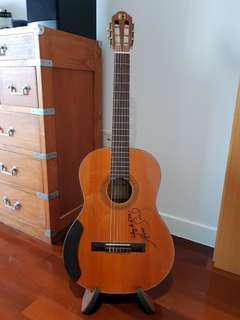 Maestro C1 classical guitar
