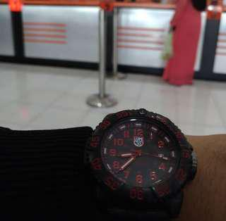 Jam tangan Luminox (KW)