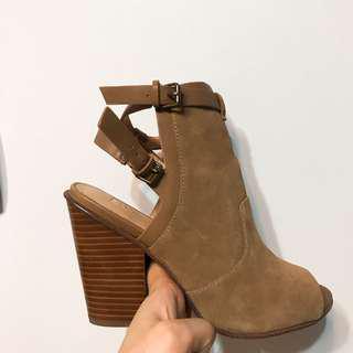 🚚 🔻美國🇺🇸joe's麂皮靴原價4000現售600