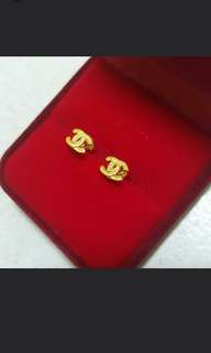 916 GOLD CHANEL STUD