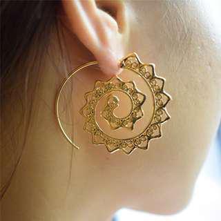 """""""ESMERALDA"""" boho spiral earrings"""