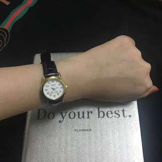 CASIO金框小圓錶