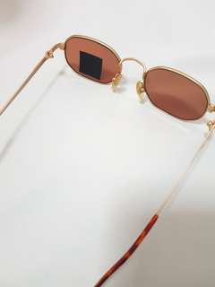 AUTH! Guess Sunglass