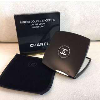 Chanel gift compact mirror AUTHENTIC💯%