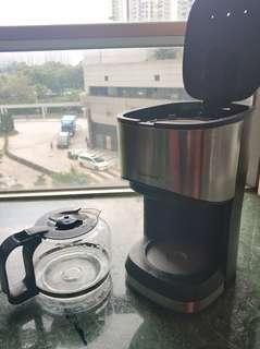 echome 咖啡機。