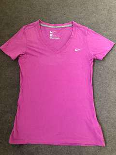 Nike slim fit active wear tee (size small)