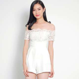 🚚 Palm Springs Lace Playsuit Romper in White