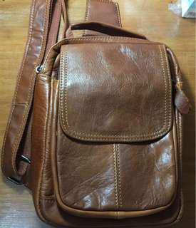 Waist bag kulit pria
