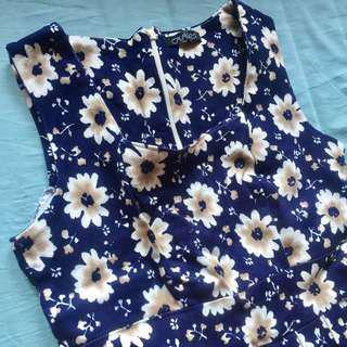 Dress navy flower