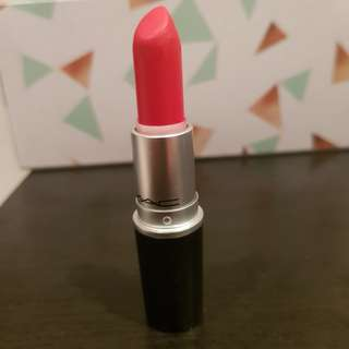 MAC Matte Red Lipstick in 'Lady Danger'