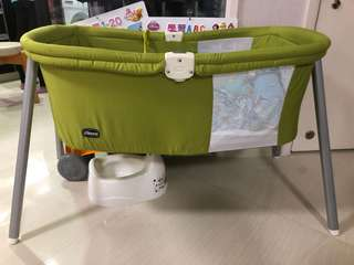 Chicco baby bed