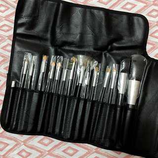 In2it Make up Brush Set