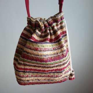 🚚 民族風編織水桶側背包
