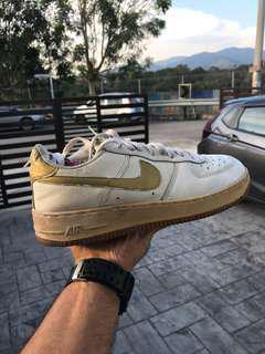 Nike Air Mid