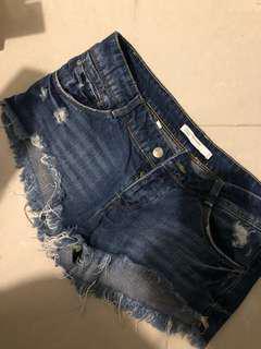 🚚 Zara shorts
