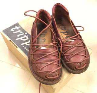 Trippen 蟑螂鞋 酒紅色