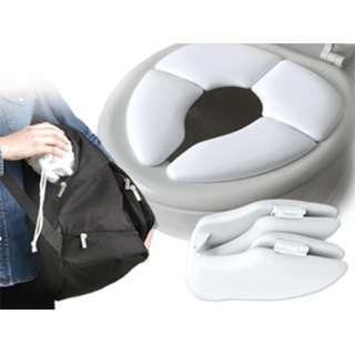 [便攜折疊式兒童馬桶圈] 折疊式設計,方便外出攜帶,徹底隔絕細菌,避免皮膚直接接觸馬桶,附有專用儲存袋,方便收納攜帶