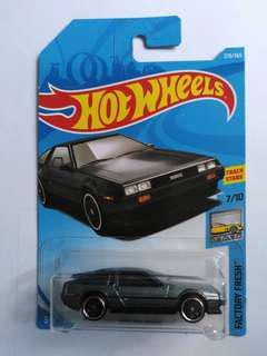 2018 Hot Wheels DMC Delorean (Gray)