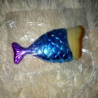 READY!! brush ikan untuk fondesen