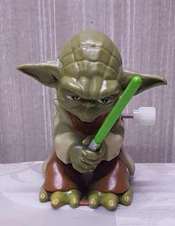 Star Wars Yoda Wind Up Flipping Toy Figure