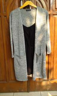Long outer long cardigan