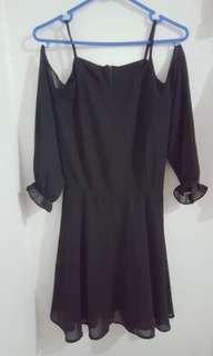 Black off shoulders dress