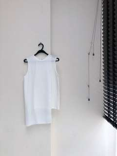 THE CULT OF NINE Asymmetrical Layered Sleeveless Top in White