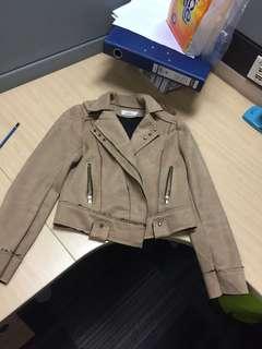 Jaket import suede wanita