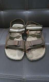 Sepatu Sandal [Bata] - Coklat