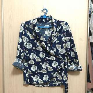 Floral Wraparound Top/Soft blazer