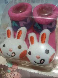 $20 - 100%new White Rabbit baby cute cutie bb Shocks 0-9 months 全新可愛小白兔襪子 bb襪 小兔襪仔 兔仔襪 嬰幼兒襪子