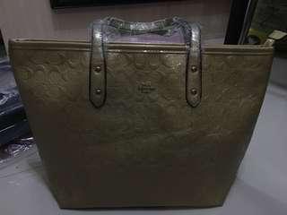 COACH GOLD BAG