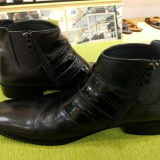 Sepatu Bucheri sze 40