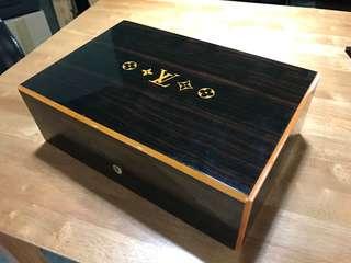 LV 雪茄盒