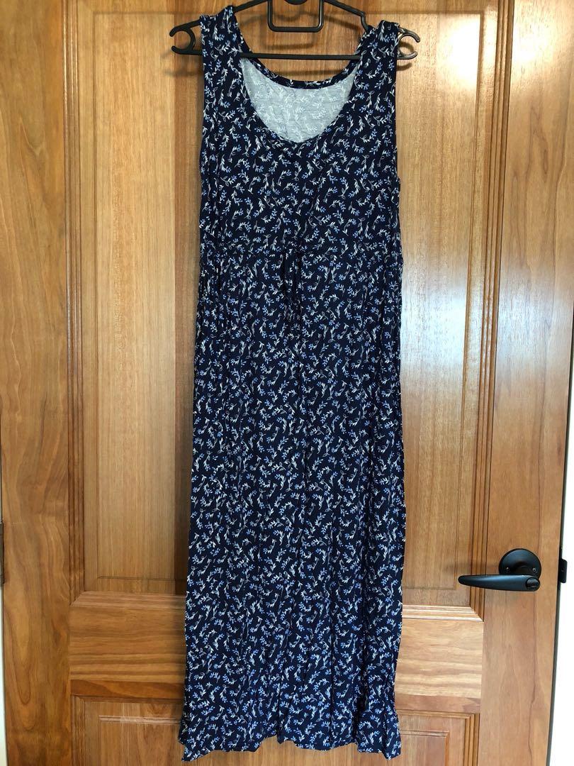 818c705850c 3 4 length blue floral dress