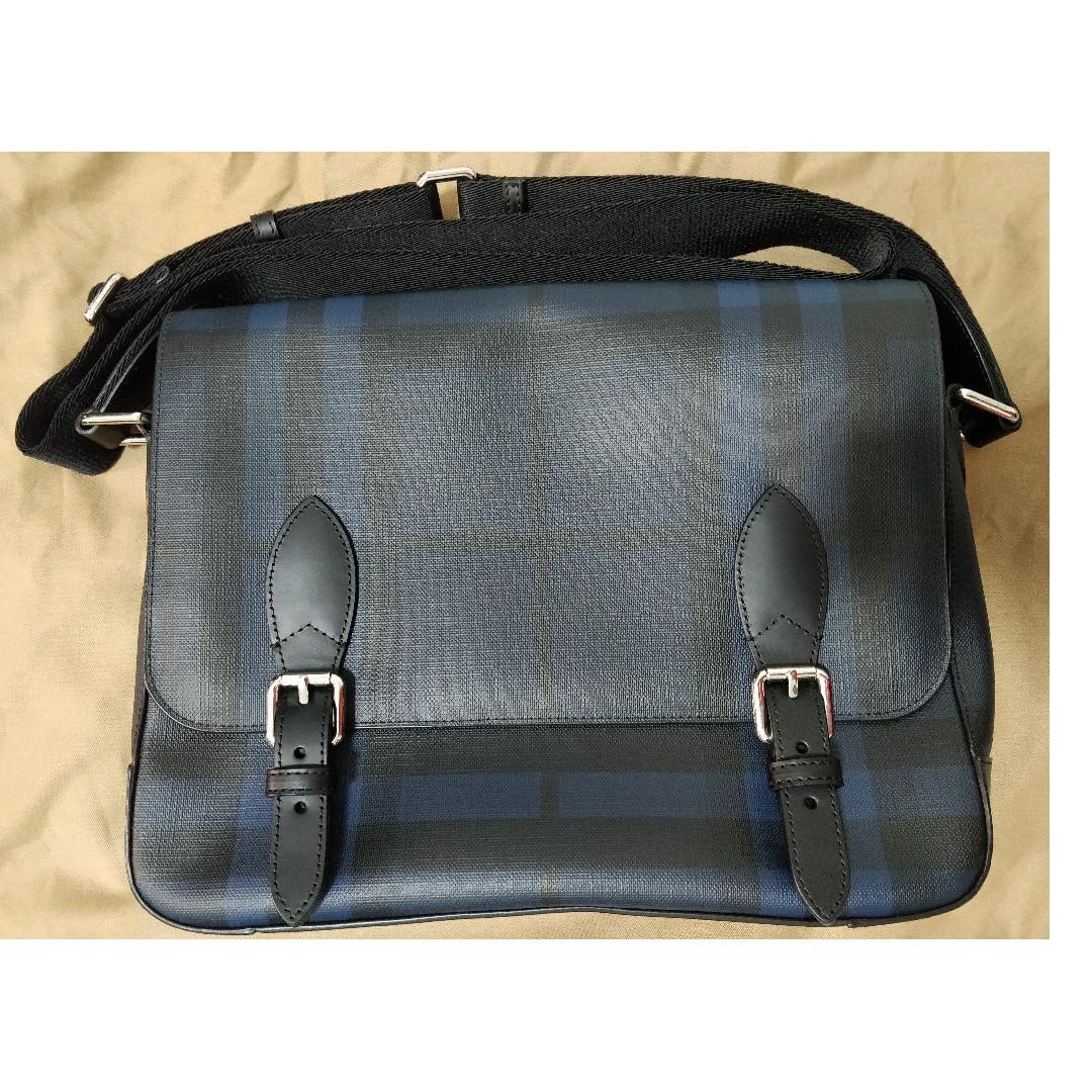 7db095fd67e6 Burberry Medium Leather Trim London Check Messenger Bag