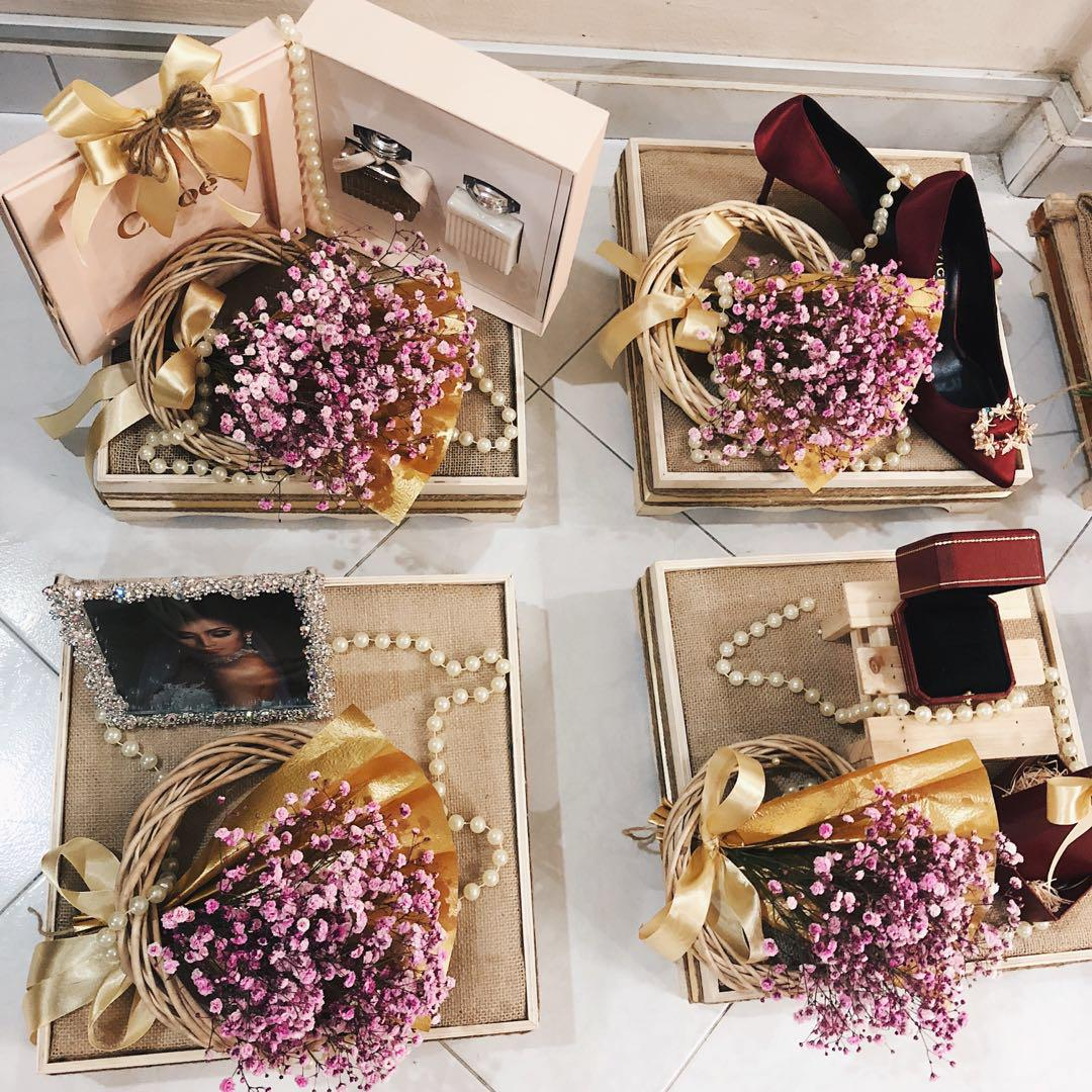 Engagement/Wedding Gift Trays (Gubahan dulang hantaran)