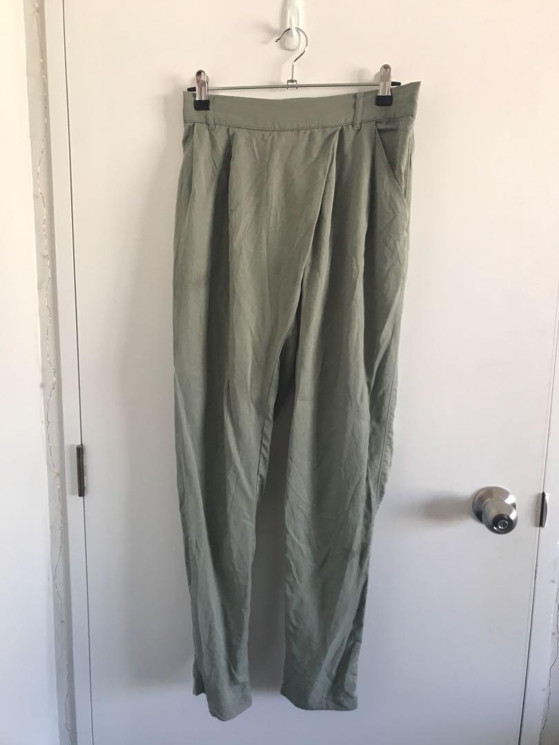 Glassons green crepe pants