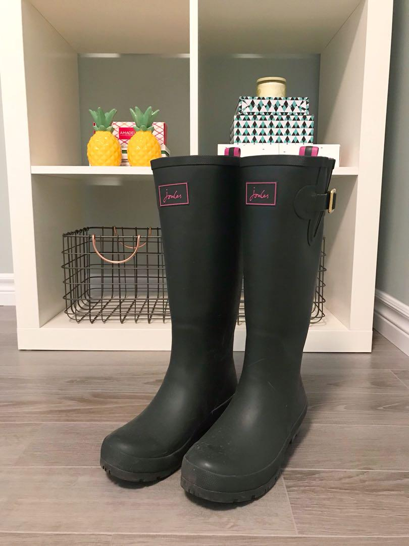 Joules Field Welly Rain Boots in Olive, size 7