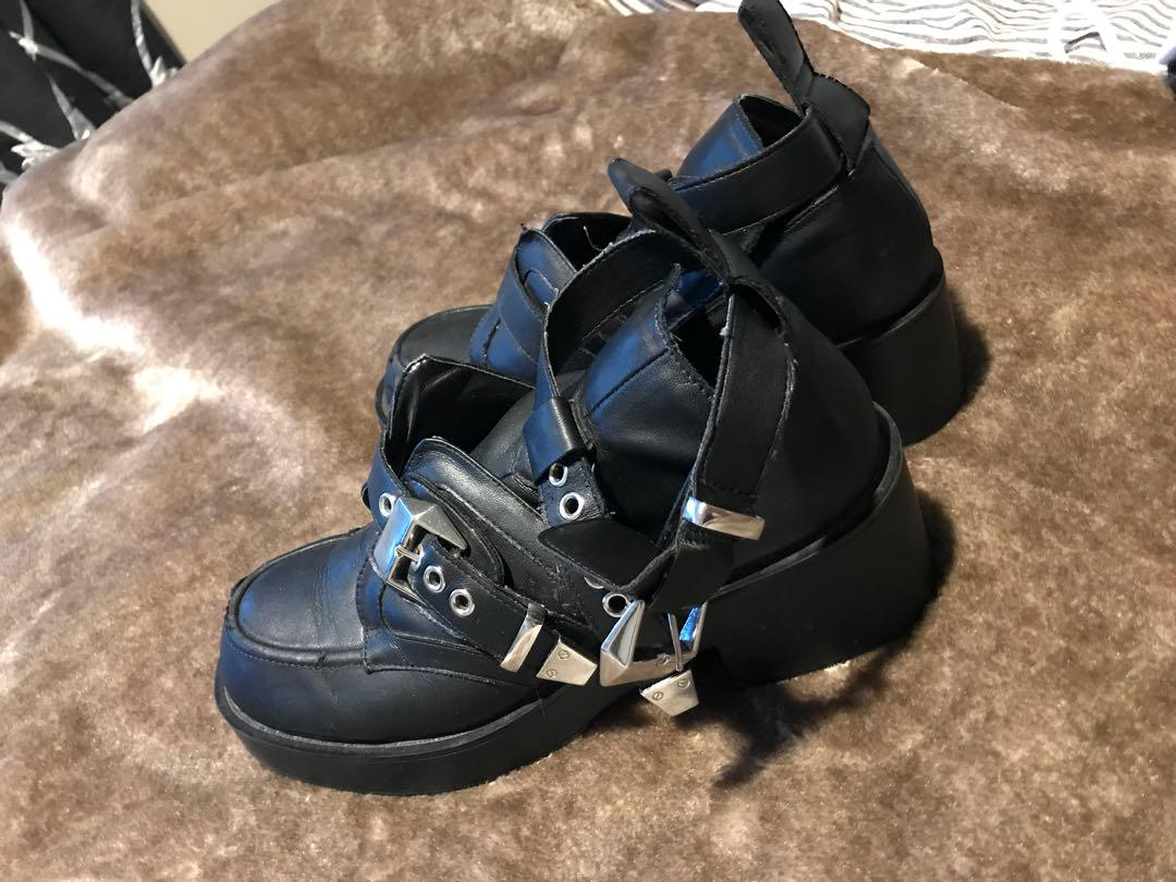 Leather Buckled Shoes- Size 7